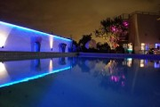 led-strip-lighting-accent-wall