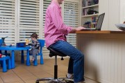 ergonomic saddle chair