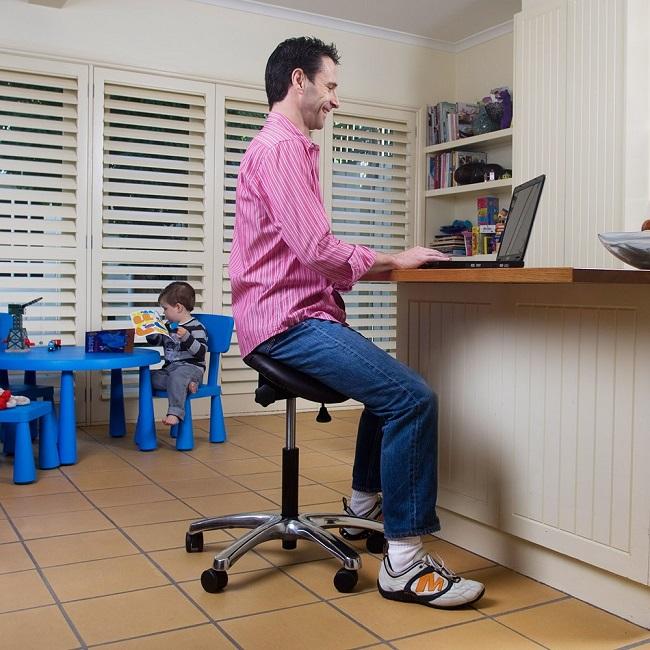 ergonomic saddle chair
