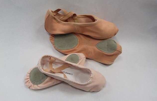split sole ballet shoes