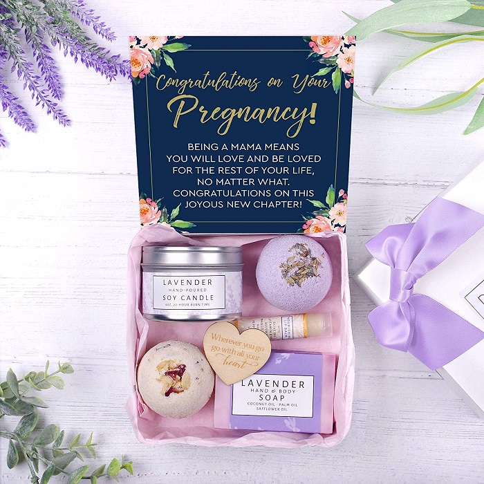 mother-baby-shower-gift