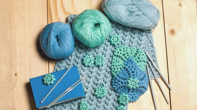 various materials of crochet accessories