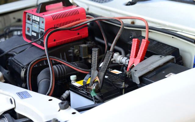 how-to-charge-a-car-battery-step-1