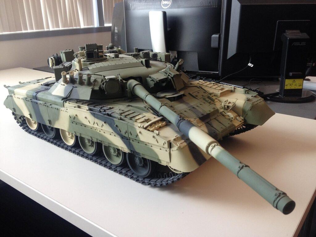military model tank russian