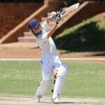 Right-Cricket-Bat-For-Women