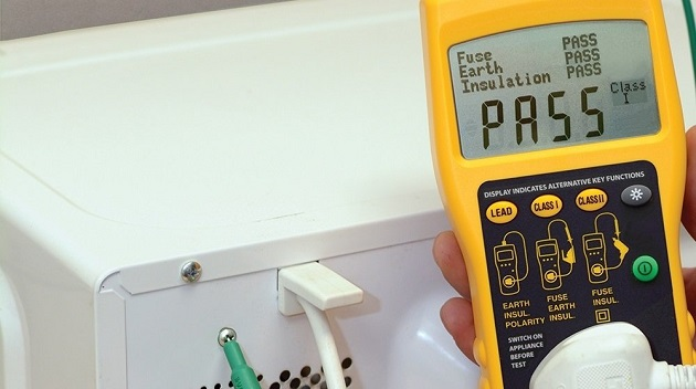 How to Use a PAT Tester